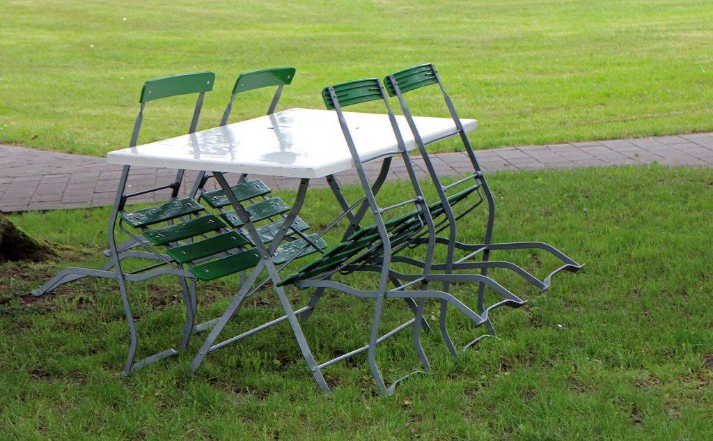mesas de plástico precios